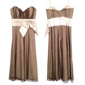 NWT CINDY COLLECTION Gold Nude Lace Cocktail Dress